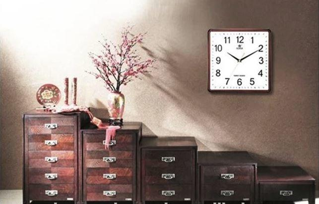 Square Wall Clock Spy Hidden Camera - 6