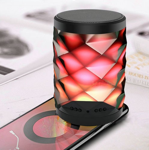 4K WIFI Bluetooth Speaker Lamp Camera with Two-way Talk - 3